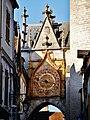 Auxerre Uhrturm Uhr 1.jpg