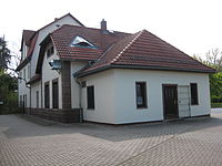 Back of southern train station Arnstadt.JPG