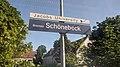 Bahnhofsschild Bremen-Schönebeck 2005210922.jpg