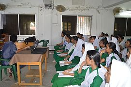 Bangla Wikipedia School Program at Agrabad Government Colony High School (Girls' Section) 38.JPG