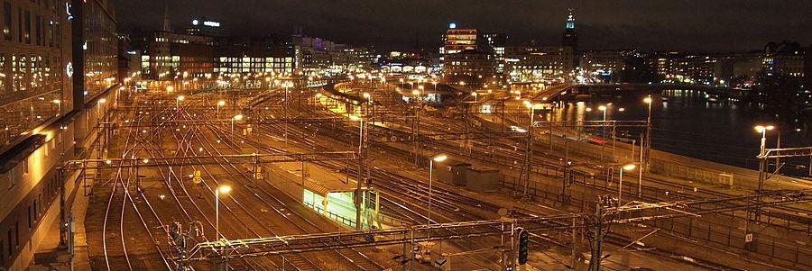 Den nordlige del af sporskiftegården ved Stockholms central 2011, vy mod syd.