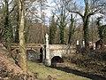 Barokní most se sochou svatého Jana Nepomuckého nad Vrchlicí.JPG