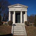 Barrett mausoleum, Sewickley Cemetery, 2014-12-26, 01.jpg