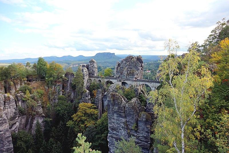 Bastei Sächsische Schweiz Lohmen.jpg