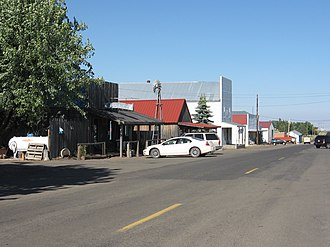 Bickleton, Washington - The Bluebird Tavern and the town of Bickleton, Washington