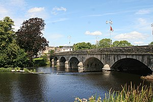 Blackwater Bridge Fermoy 2007 08 08.jpg