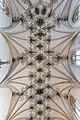 Blaubeuren Kloster Kirche Gewölbe 02.jpg