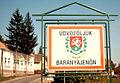 Blick K2003-09-22 012 Baranyajenoe BegruessungsTafel W.jpg
