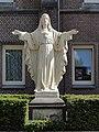 Boekel Huize Padua Rijksmonument 518253 H.Hartbeeld bij kapel.JPG