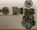 Bottega veneziana, cintura con placche in argento dorato e fibbia polilobata, 1325-50 ca, da via trezza a vr 04.jpg