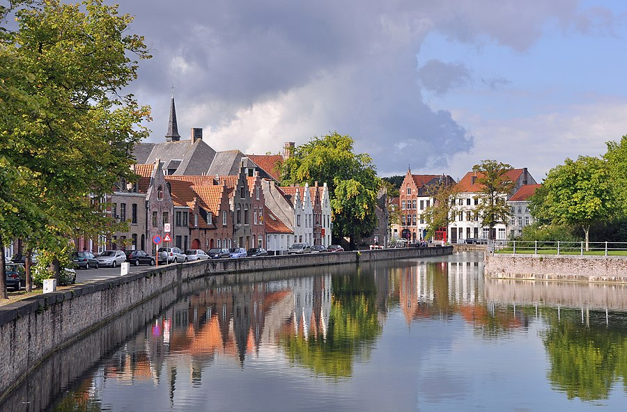 Photograph of a canal in Bruges