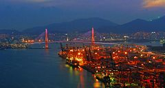 Busan Harbor Bridge at Night.jpg