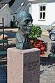 Bust of Ruben Rausing 2012-07-24 (02).jpg