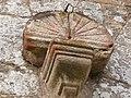 Cadran solaire (église de Jugon-les-Lacs).jpg