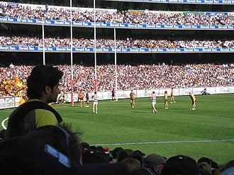 2008 AFL Grand Final - Cameron Mooney's close-range set shot at half time missed for a behind