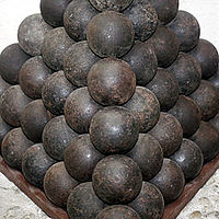 Cannonballs mg 3393.jpg