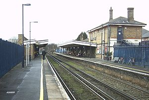 Canterbury East railway station - Image: Canterbury East Platform View 1