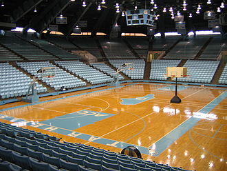 Carmichael Arena - Interior in 2006, before renovation