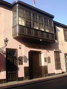 Miguel Grau Seminario 220px-Casa_Grau_Lima_0001