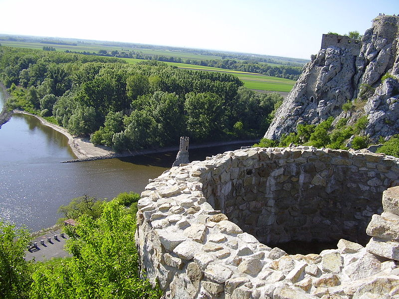 Castle Devin - look towards rivers.JPG
