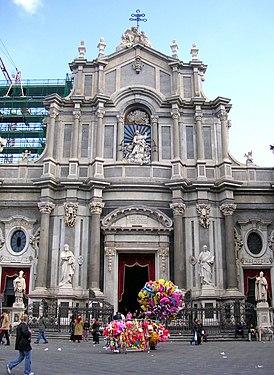 Catania's duomo and balloons
