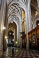 Catedral de Santa María de Segovia, decoración interior, nave.jpg