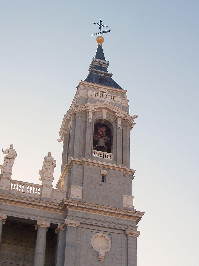 Catedral de la Almudena 2 - 2008.jpg