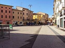 Centrum Valeggio sul Mincio.jpg