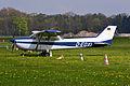 Cessna F172M Skyhawk (D-EOXI) 04.jpg