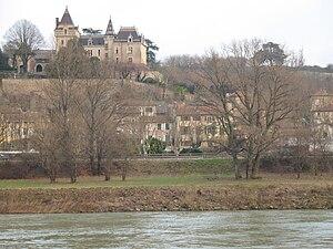 Rochetaillée-sur-Saône - The Château of Rochetaillée-sur-Saône
