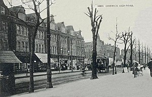 Chiswick - Postcard photo of Chiswick High Road, c. 1900