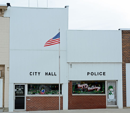 Police And Media: File:City Hall And Police Station In Martinsville, IL, US
