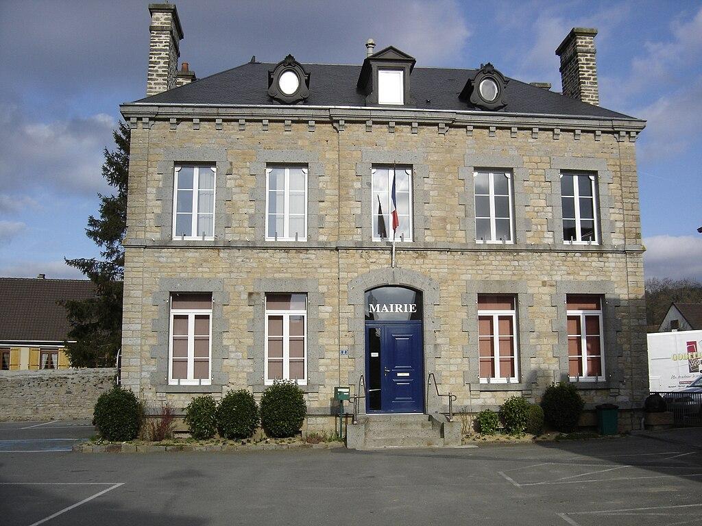 Clécy Town Hall.jpg