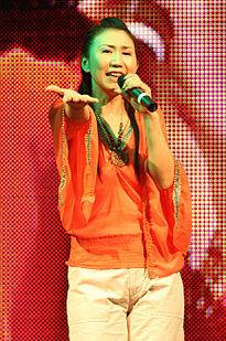 高橋洋子 (歌手)の画像 p1_8