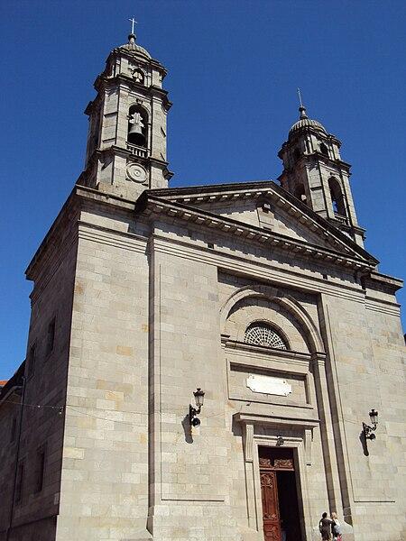 File:Colexiata de Santa María de Vigo.jpg