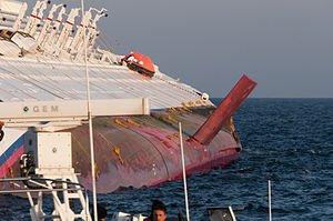 Collision of Costa Concordia DSC4178.jpg