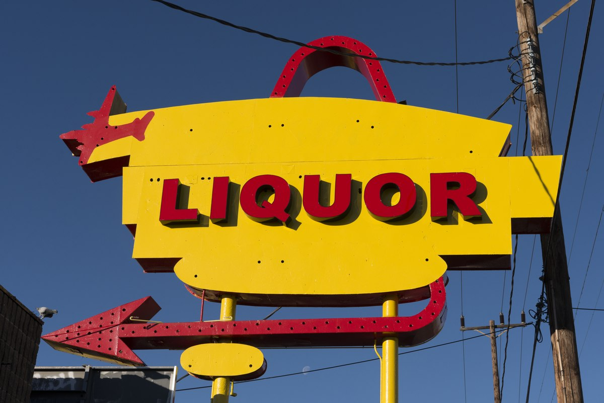 Colorful liquor-store sign in North Hollywood, California LCCN2013631377.tif