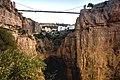 Constantine, les gorges du Rhummel, l'arche naturelle et le pont Sidi M'Cid 01.jpg