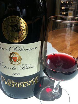 Côtes du Rhône AOC - Image: Cote de Rhone wine