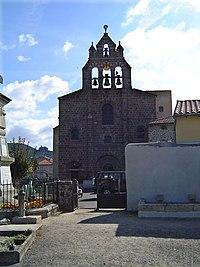 Coubon (Haute-Loire, Fr), church with bell gable.JPG