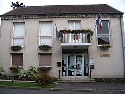 Couilly-Pont-aux-Dames - Town hall.jpg