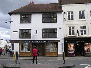 Crabtree & Evelyn - Image: Crabtree and Evelyn, Stratford on Avon geograph.org.uk 1467180