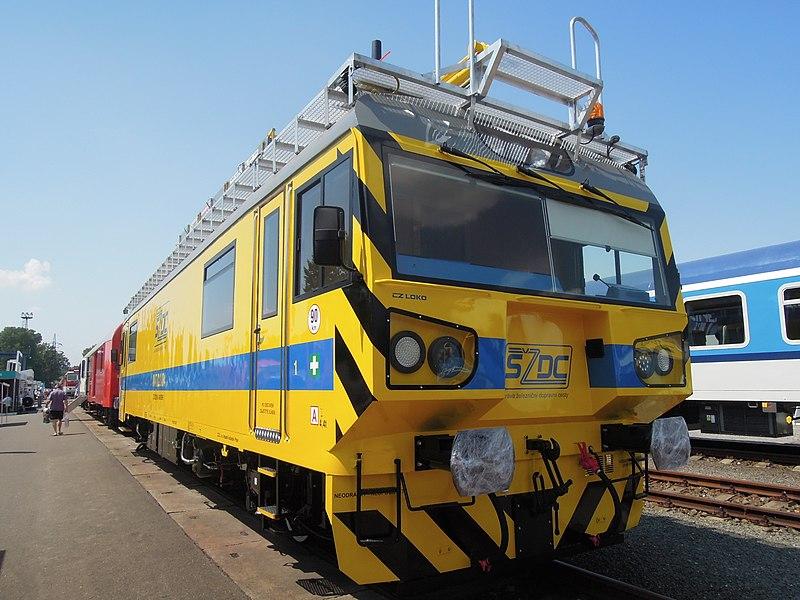 800px-Czech_Raildays_2013,_S%C5%BDDC_MVT