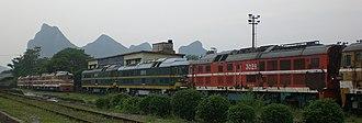 Hunan–Guangxi Railway - DF7D locomotives alongside the Hunan-Guangxi Railway in Guilin.