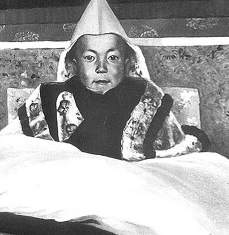 Юный Далай-лама XIV