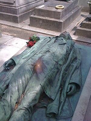 Victor Noir - Image: Dalou tombeau de Victor Noir 1