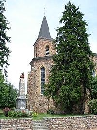 Dancé (Loire), église et monument aux morts.JPG