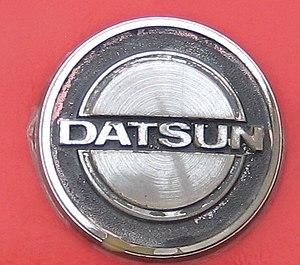 Datsun280ZHoodLogoDatsun