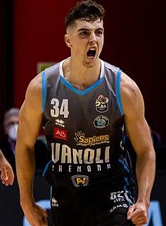 Daulton Hommes American basketball player