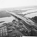 De nieuwe Maasbrug te Roermond, overzicht nieuw brug, Bestanddeelnr 914-2774.jpg
